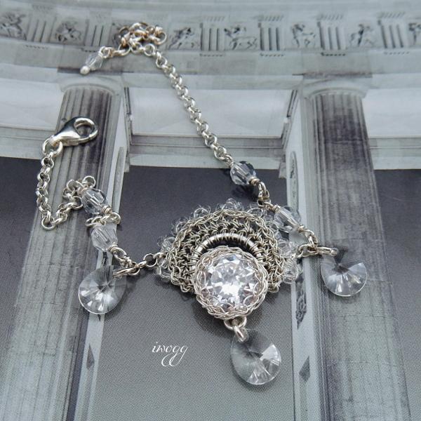 Koronkowa bransoletka ślubna