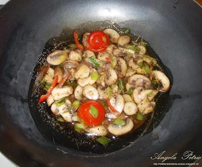 Preparare orez cu ciuperci-etapa 4