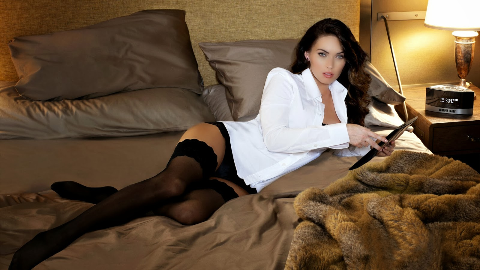 Celebrity Hd Wallpapers American Actress Megan Fox Sexy -5678