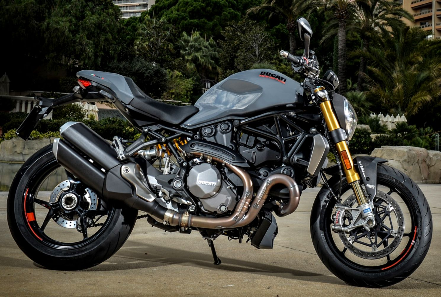2017 Ducati Monster 1200 S Review Il Mostro Returns