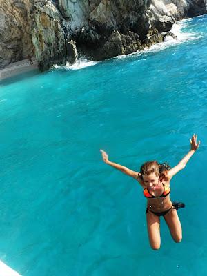 http://s-fashion-avenue.blogspot.it/2016/09/lefkada-archipelago-greece-travel-diary.html