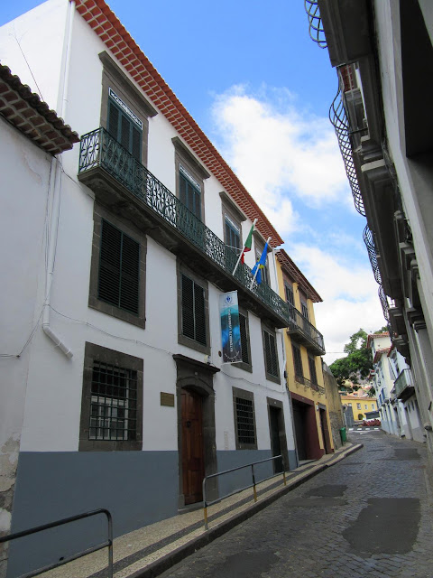 the centenary Externato Lisbonense