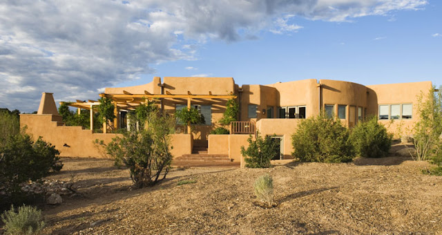 Art Now and Then: Southwestern Style Architecture