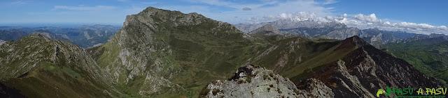 Panorámica del Pico Pierzu desde la Cruz de Valdore