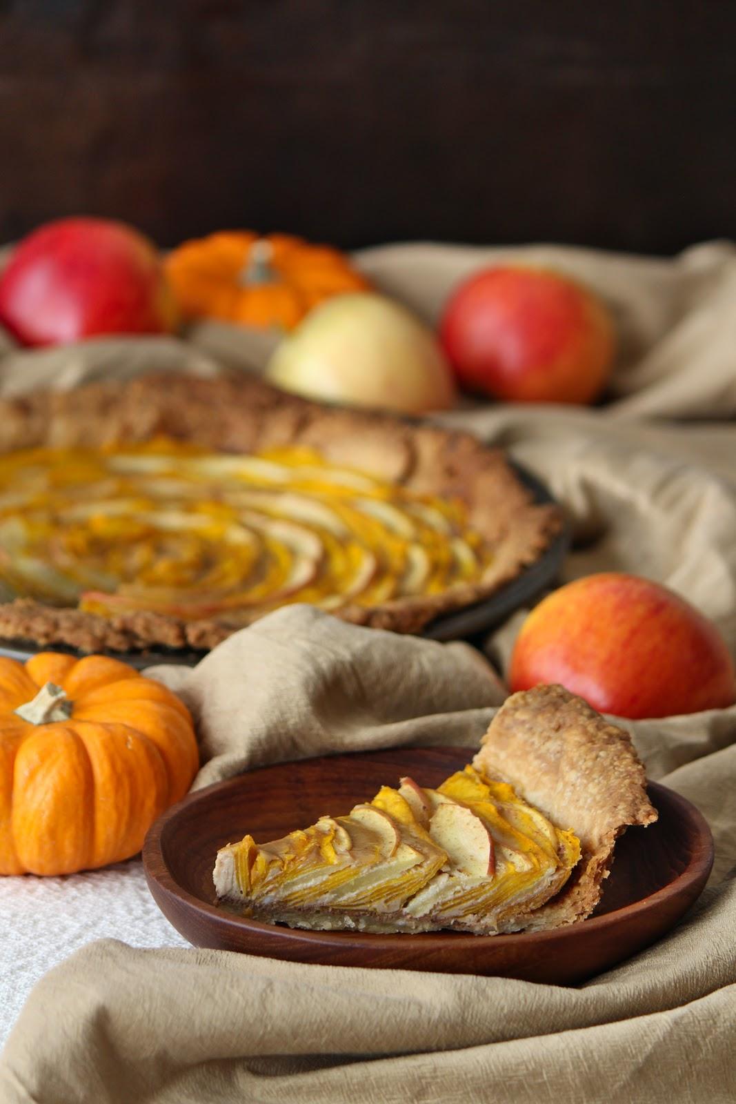 Pumpkin and Apple rose tart - a beautiful dish for a Fall potluck