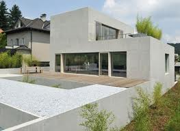 High Quality Above Is A Modern Yard With A Wood Inset Which Is Visually Interesting And  Artistic