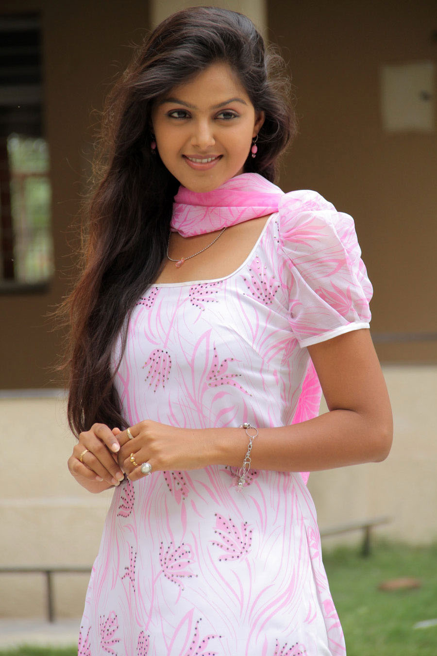 girl-south-indian-young-girl-top