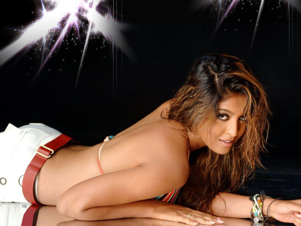 Celebrities Gossip, Topless Photos Naked Videos Tanushree -6769
