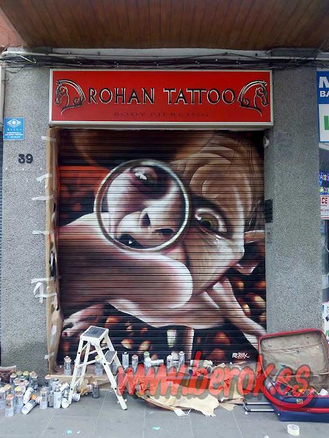 graffitis persianas Santa Coloma de Gramanet