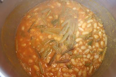 Preparación de potaje con tagarninas