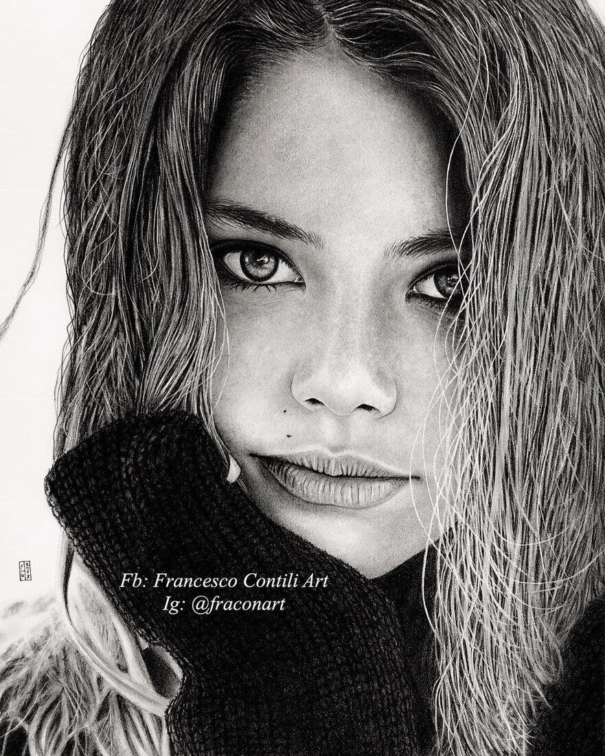 04-Laneya-Grace-Francesco-Contili-Realistic-Graphite-and-Charcoal-Portrait-Drawings-www-designstack-co