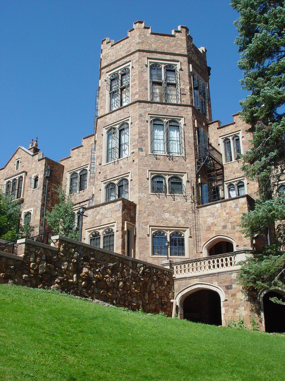 Book reviews and more glen eyrie castle conference for Glen castle