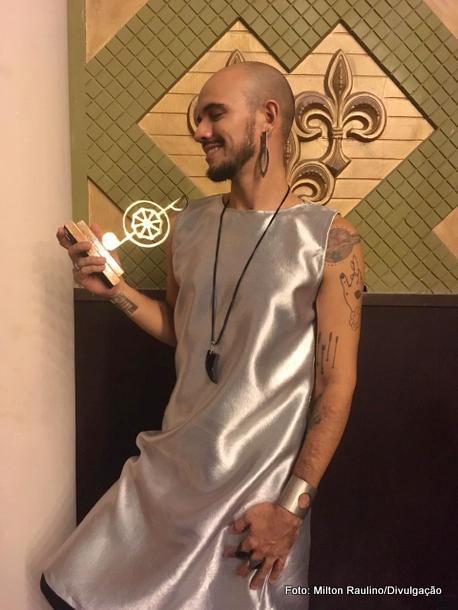 Goianense Lucas Torres ganha o Prêmio da Música Pernambucana