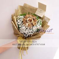 bunga valentine, rose gold, buket bunga dan cokelat, buket bunga ferrero rocher, buket bunga mawar, bunga mawar valentine, handbouquet mawar, bunga mawar 100tangkai, buket rose, toko bunga, florist jakarta, toko bunga jakarta barat