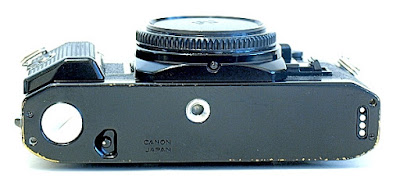 Canon AE-1 Program, Bottom