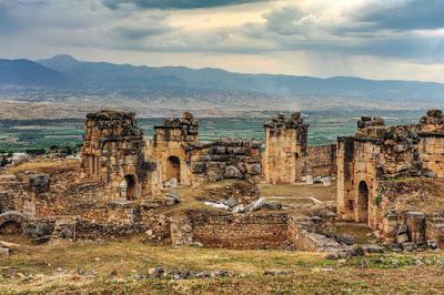 Πώς μια αρχαιοελληνική «Πύλη του Κάτω του Κόσμου» στη Μικρά Ασία μπορεί ακόμα να σκοτώνει