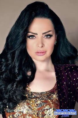 Diana Karazon singer Jordanian of Palestinian origin, was born October 30, 1983 in Kuwait.