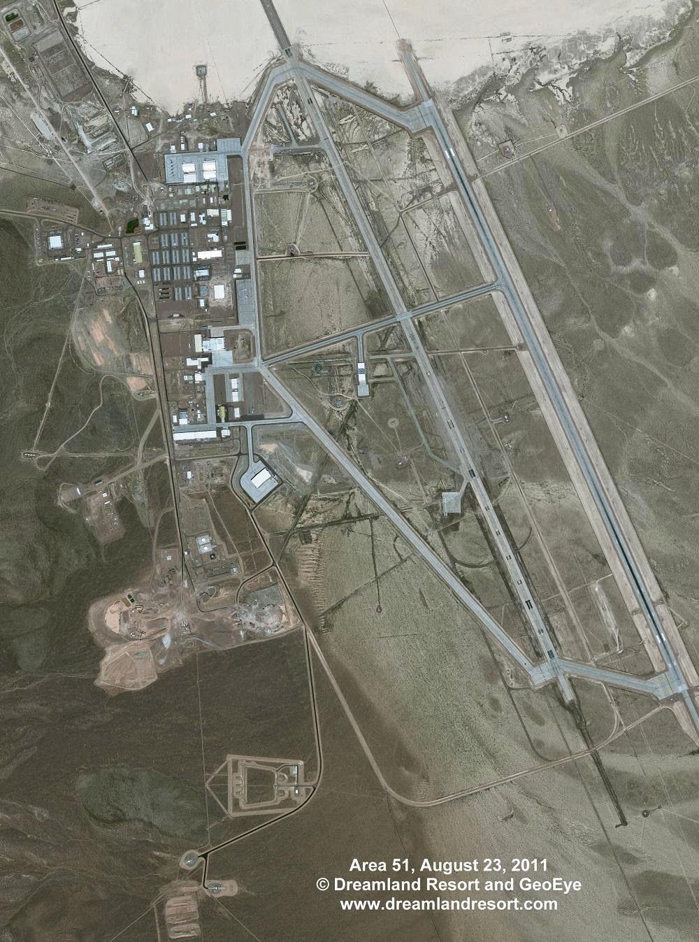 Misteri Ruangan Biru dan Area 51 dengan UFO