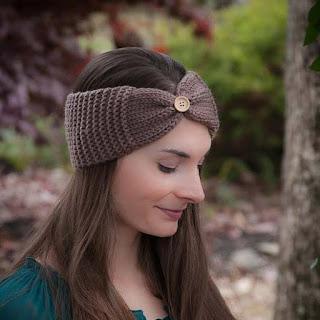 Loom knit free headband earwarmer pattern with button