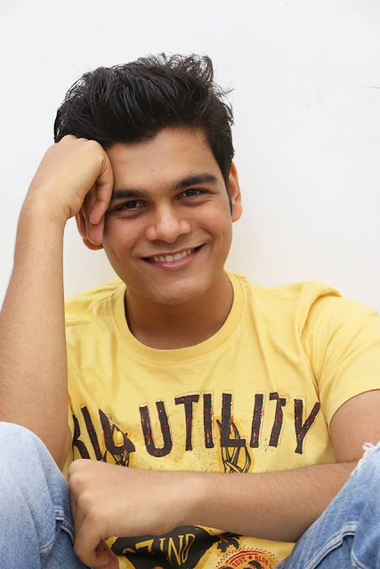 Bhavya Gandhi age, and nidhi bhanushali, instagram, real parents, father, nidhi bhanushali and relationship, audi, date of birth, house, family, girlfriend, real family, father name, car, birthday, personal mobile number, facebook, contact number, height, 10th result, salary, biography, house address, twitter, fb, real whatsapp number, phone number, images, wiki, images, photos, 12th result