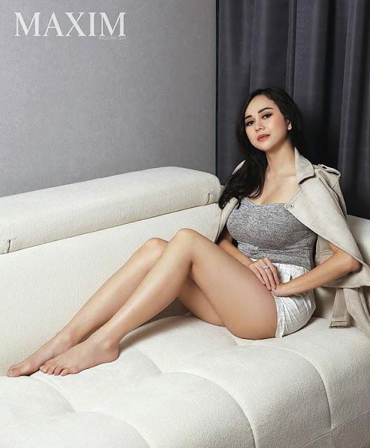 Foto Aura Kasih Maxim Magazine 2