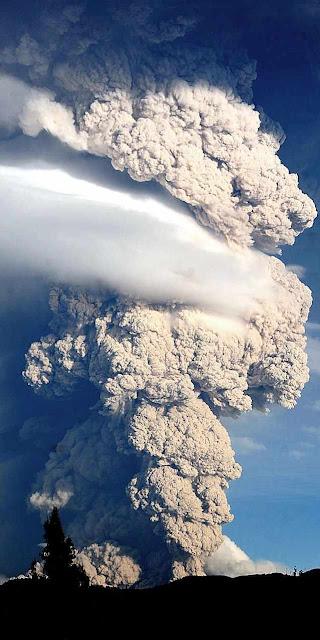 Vulcão Puyehue, Chile, junho 2011