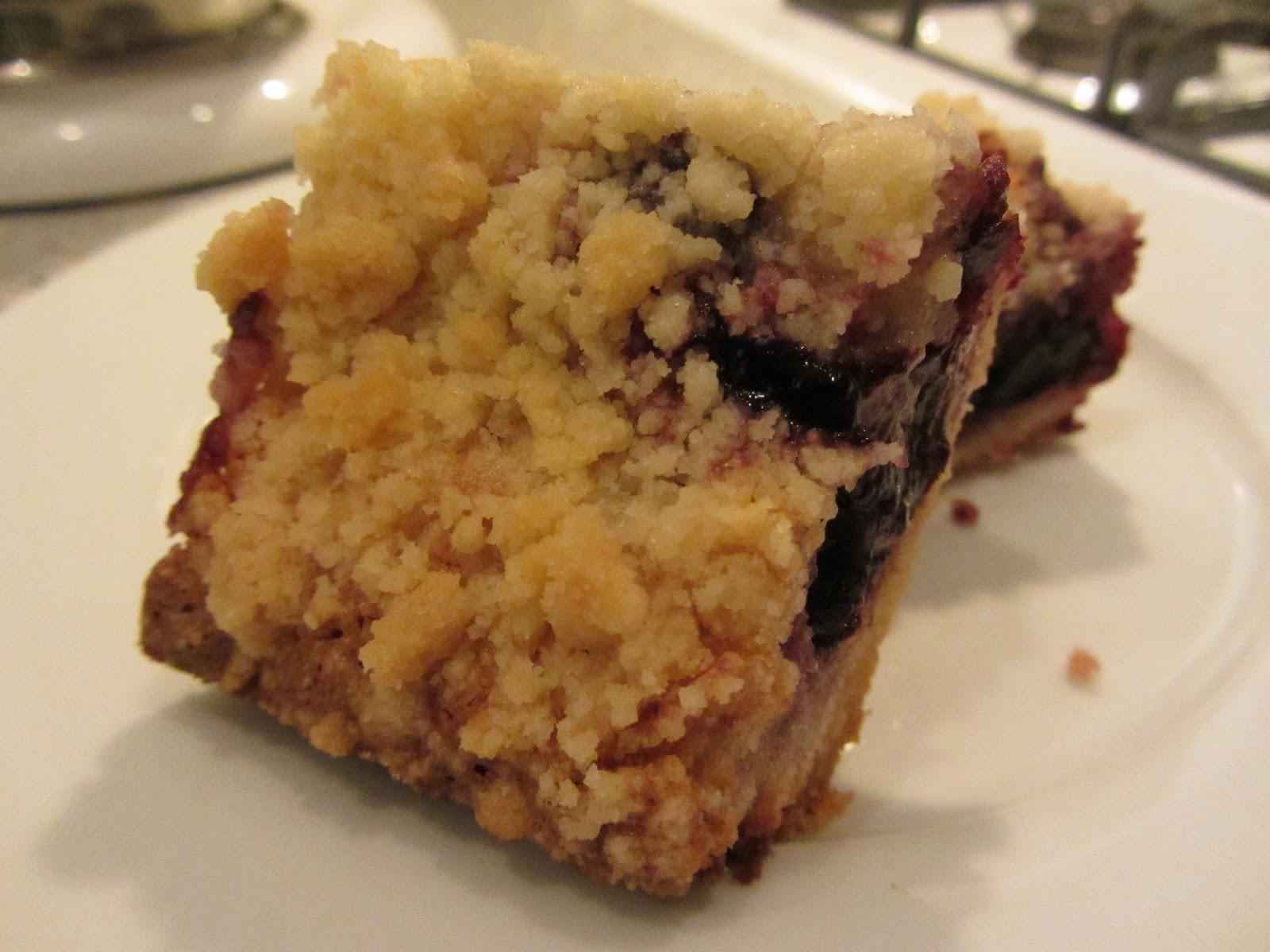 Kelly Craves...: Cherry Pie Bars