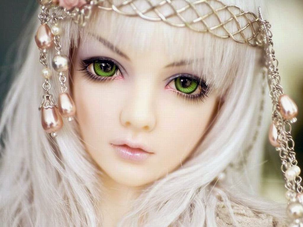 Download Doll Wallpaper