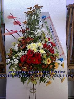 harga rangkaian karangan bunga standing peresmian kantor