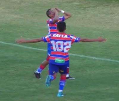 Taça Fares Lopes - Confira o gol de Clodoaldo