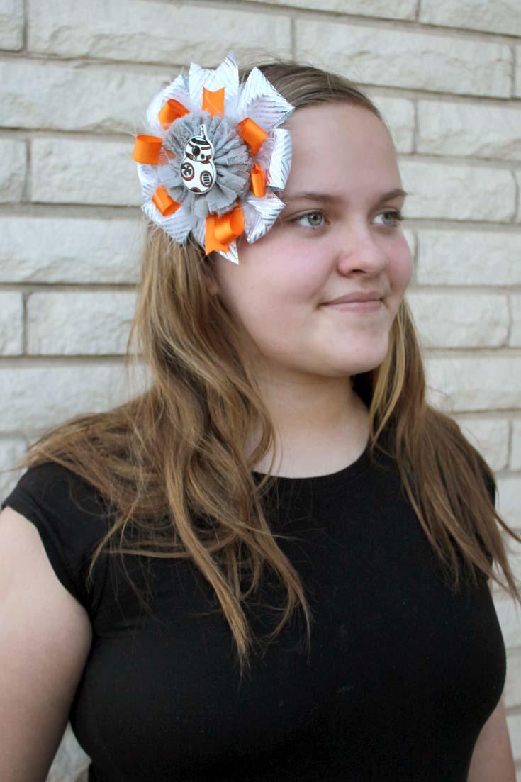 http://www.doodlecraftblog.com/2015/02/alice-in-wonderland-hair-bow-headband.html