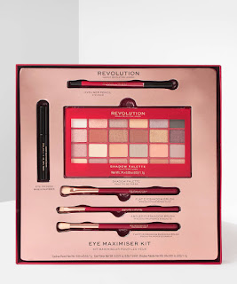 Makeup Revolution Sculpt And Correct Kit