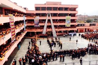 Foto al interior de la IEP Liceo Santo Domingo