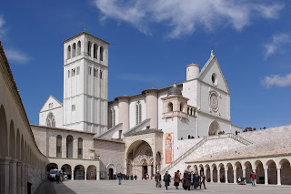 The Basilica as seen from Piazza Inferiore