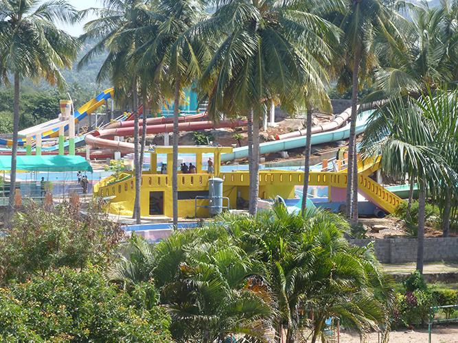Tamilnadu Tourism Paravasa Ulagam Water Theme Park