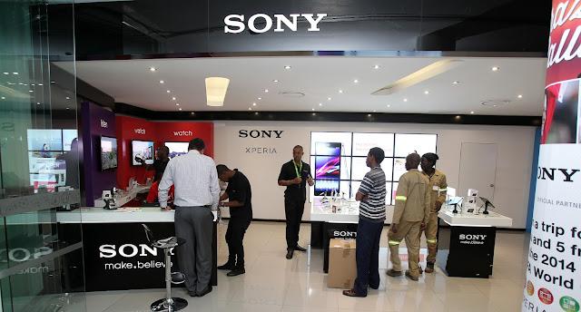 @SonyXperiaSA Revamped Mobile Store Opens @Vodacom World Mall #Midrand #Jozi
