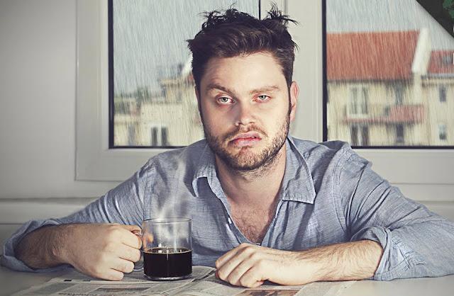 أسباب الشعور بالخمول و الإرهاق عند الاستيقاظ من النوم و طرق منعها