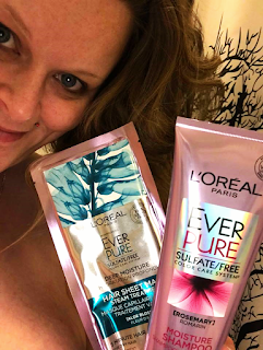 A video review on L'Oreal Paris EverPure Deep Moisture Hair Sheet Mask