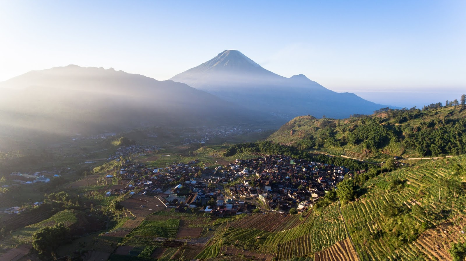 4 Beautiful Travel Destinations in Dieng Worth Visiting
