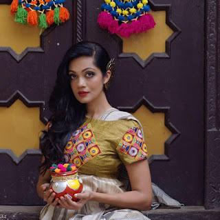Sheena Chohan Hot Photos