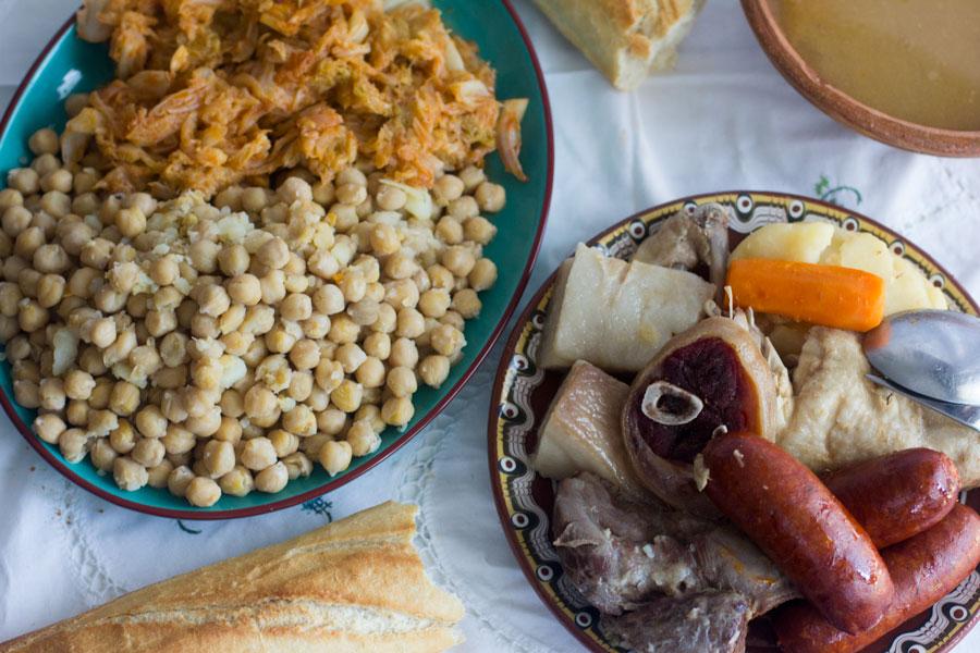 Cómo preparar un cocido madrileño
