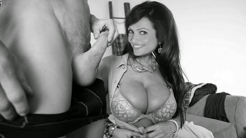 sexy girls naked bj