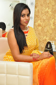poorna gorgeous photos gallery-thumbnail-4