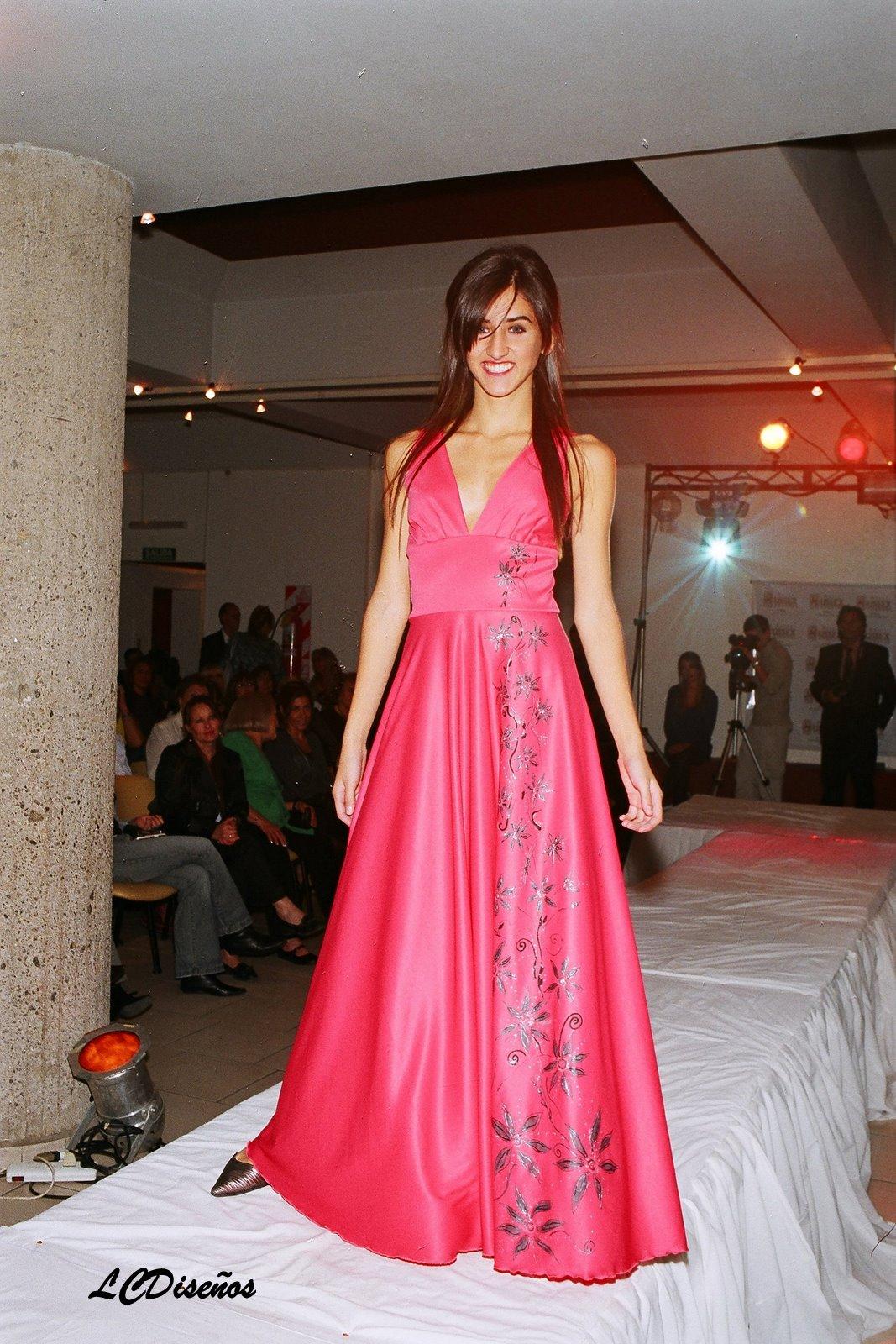 Diseños Exclusivos y a medida de cada Mujer: Vestido de fiesta ...