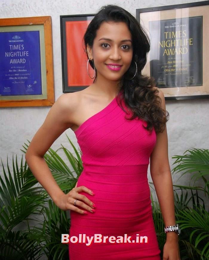 Nirali, Ruslaan Mumtaz's Wife Nirali Pics in Red Dress