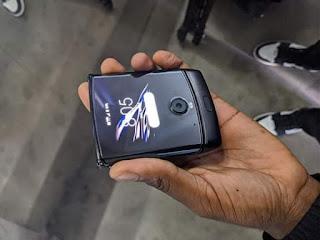 سعر ومواصفات Motorola Razr 2019