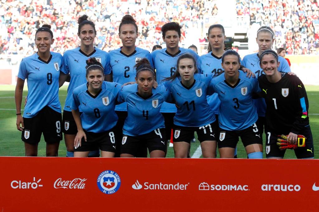 Formación de selección femenina de Uruguay ante Chile, amistoso disputado el 8 de octubre de 2019