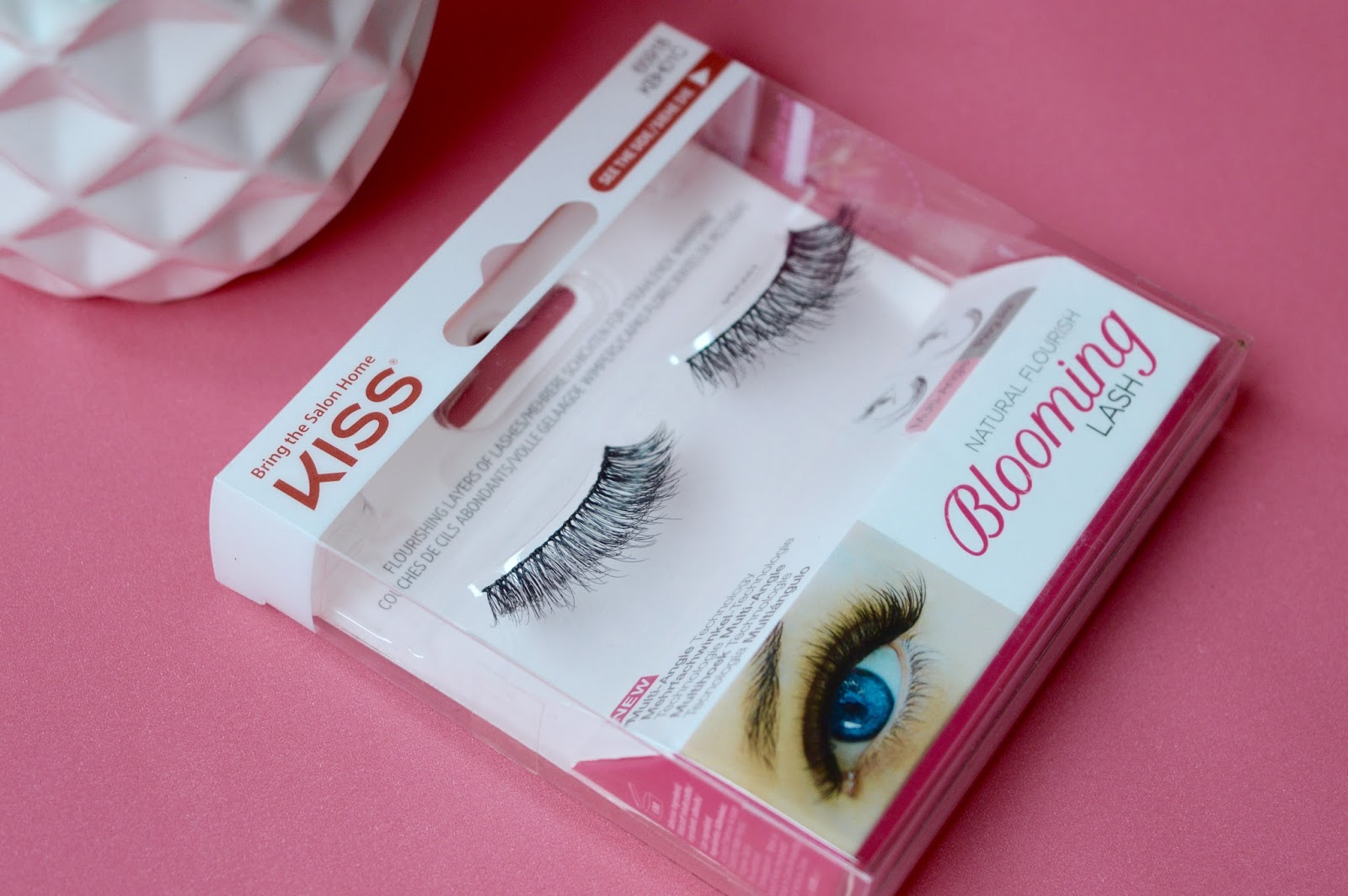 Kiss Blooming Lashes