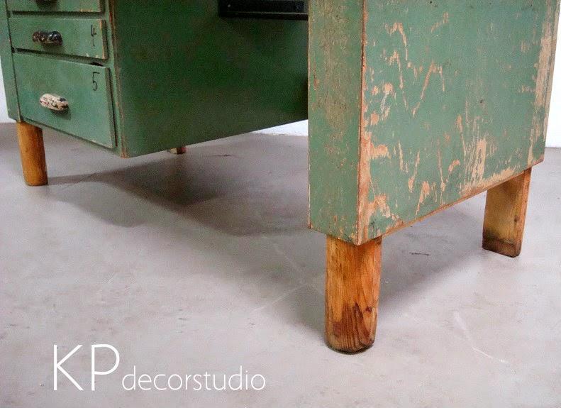 Comprar mostrador antiguo, banco de trabajo industrial restaurado