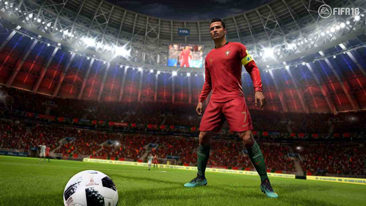 ultigamerz: PES 2019 vs FIFA 19 - First Comparison